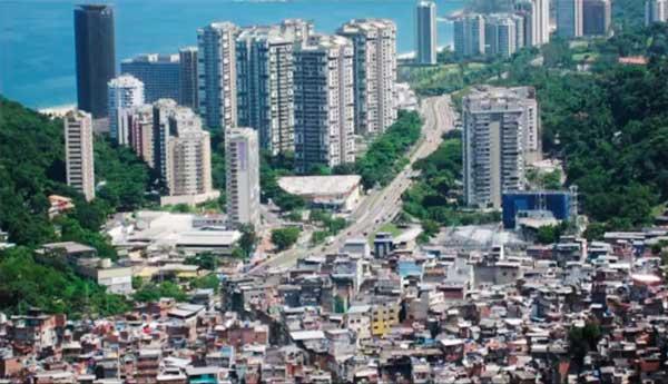 Ложная урбанизация. Росинья — одна из фавел Рио-де-Жанейро