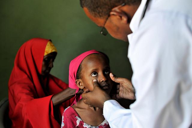 Дети Африки: к 2030 году будет не хватать 4,2 миллионов работников здравоохранения