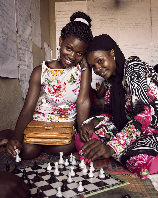шахматы уганда образование девочки.jpg